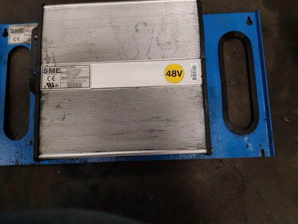 SME E00IV300B30-B00IV498B